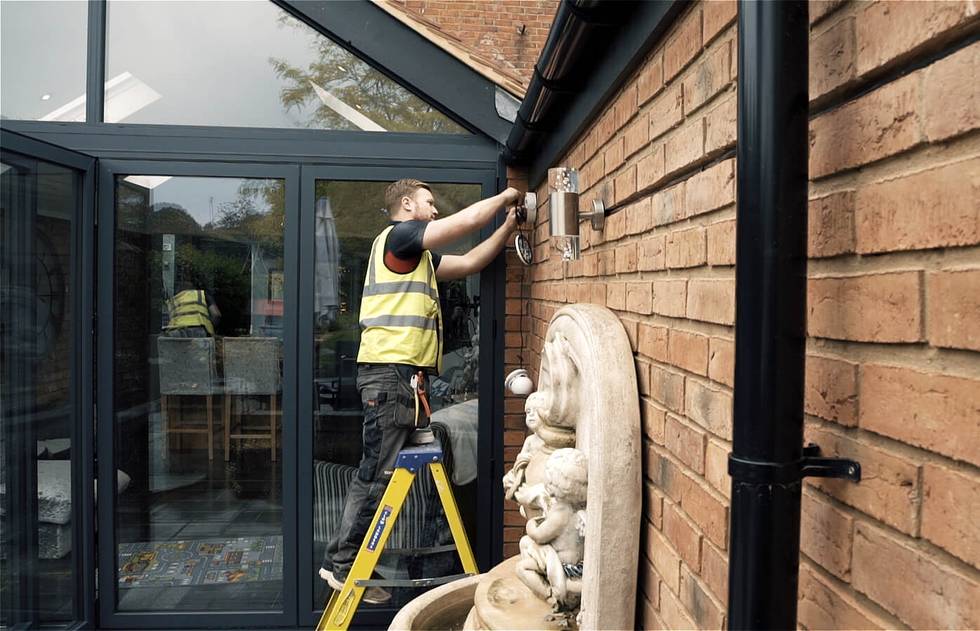 Electrical Contractor in residential environment in the West Midlands
